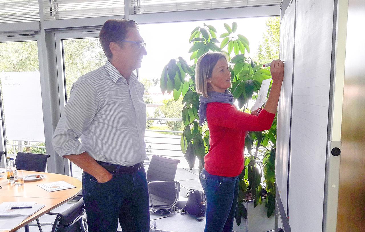 Kommunikation Seminare Training Fuehrungskraefte Stuttgart Gespraechsfuehrung